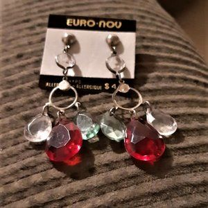 Hand crafted lovely earrings attached by Teardrops